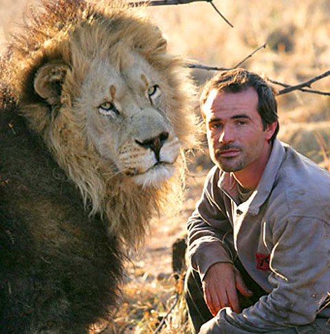 Kevin Richardson leon lion